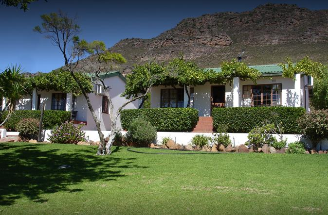 Sandveld Country Cottages - main