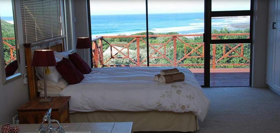Cove View B&B - bedroom