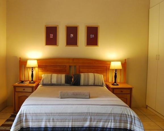 Linquenda Guest Farm - bedroom