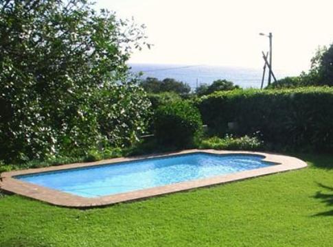 Pennington Beach Cottage - pool