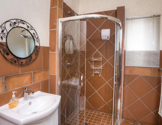 Wil Peach Inn - bathroom