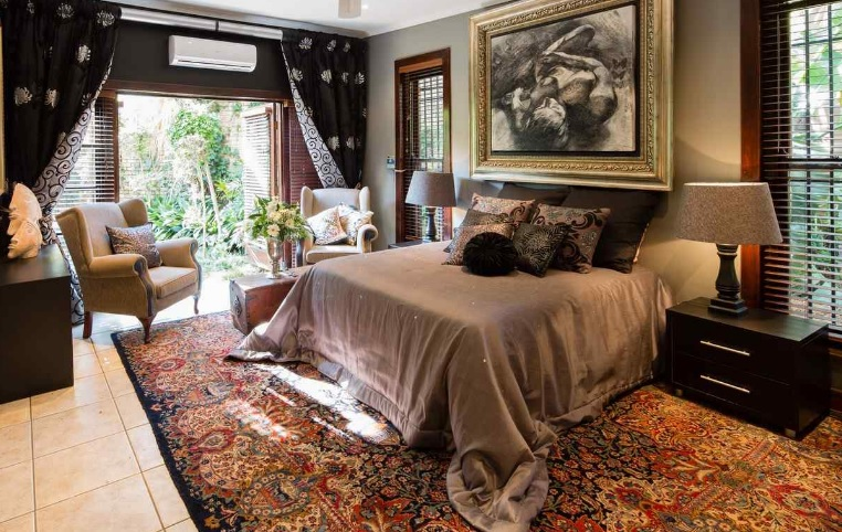 The Art Guesthouse - bedroom