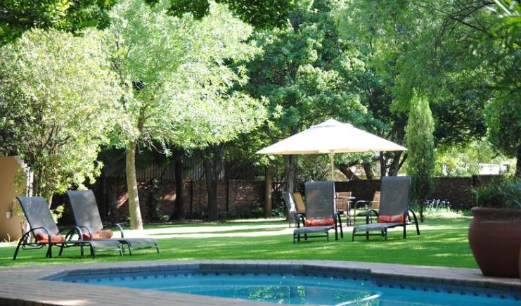 Safari Club SA - main pool