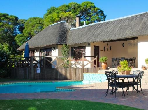 Summerhille Guest Farm - pool