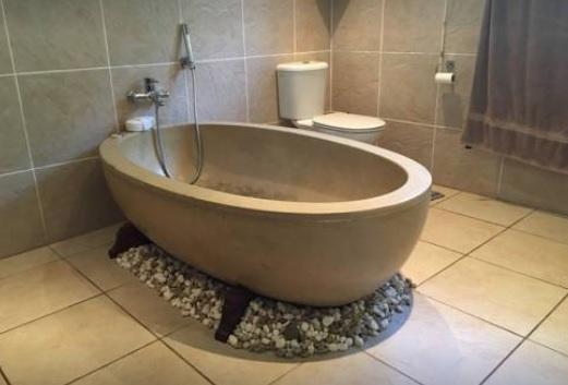 Diamond House - bathroom